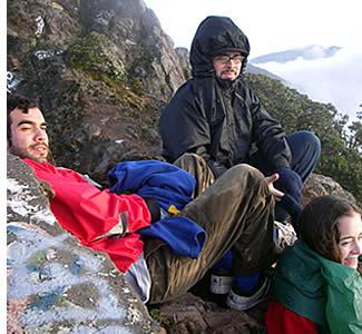 Den Ausblick genossen nach der Wanderung auf den Gipfel des höchsten Punkt Panama