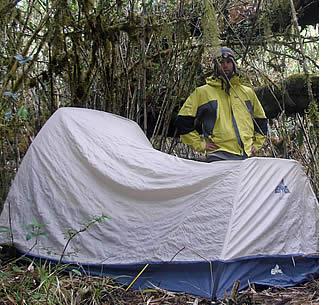 Goede kampeerspullen uw excursie zal een veel meer aangenaam te maken